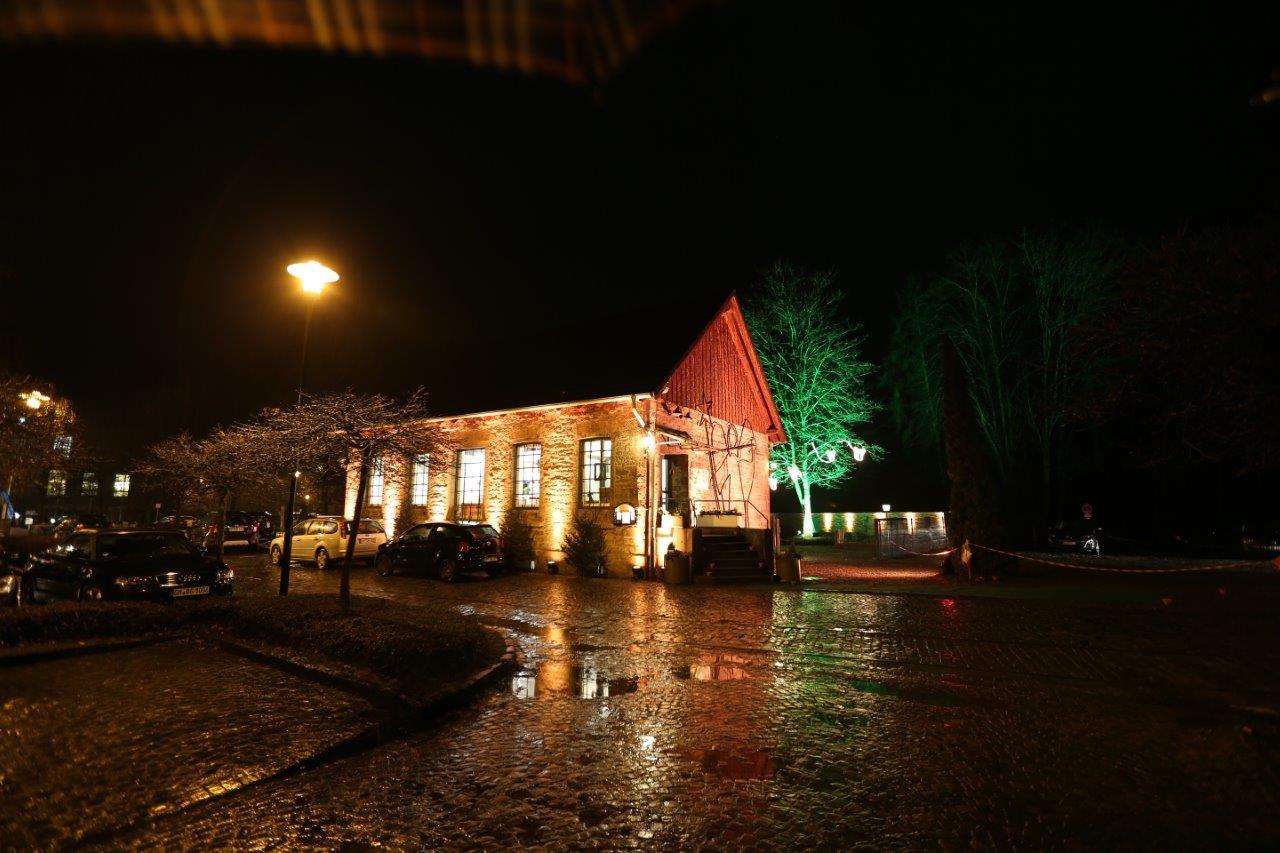 Engelmuseum Abends